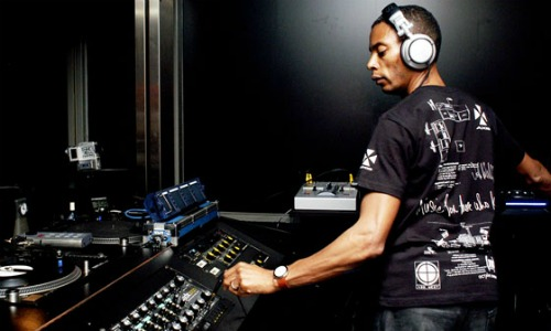 Jeff Mills early DJ mixes surface on Soundcloud